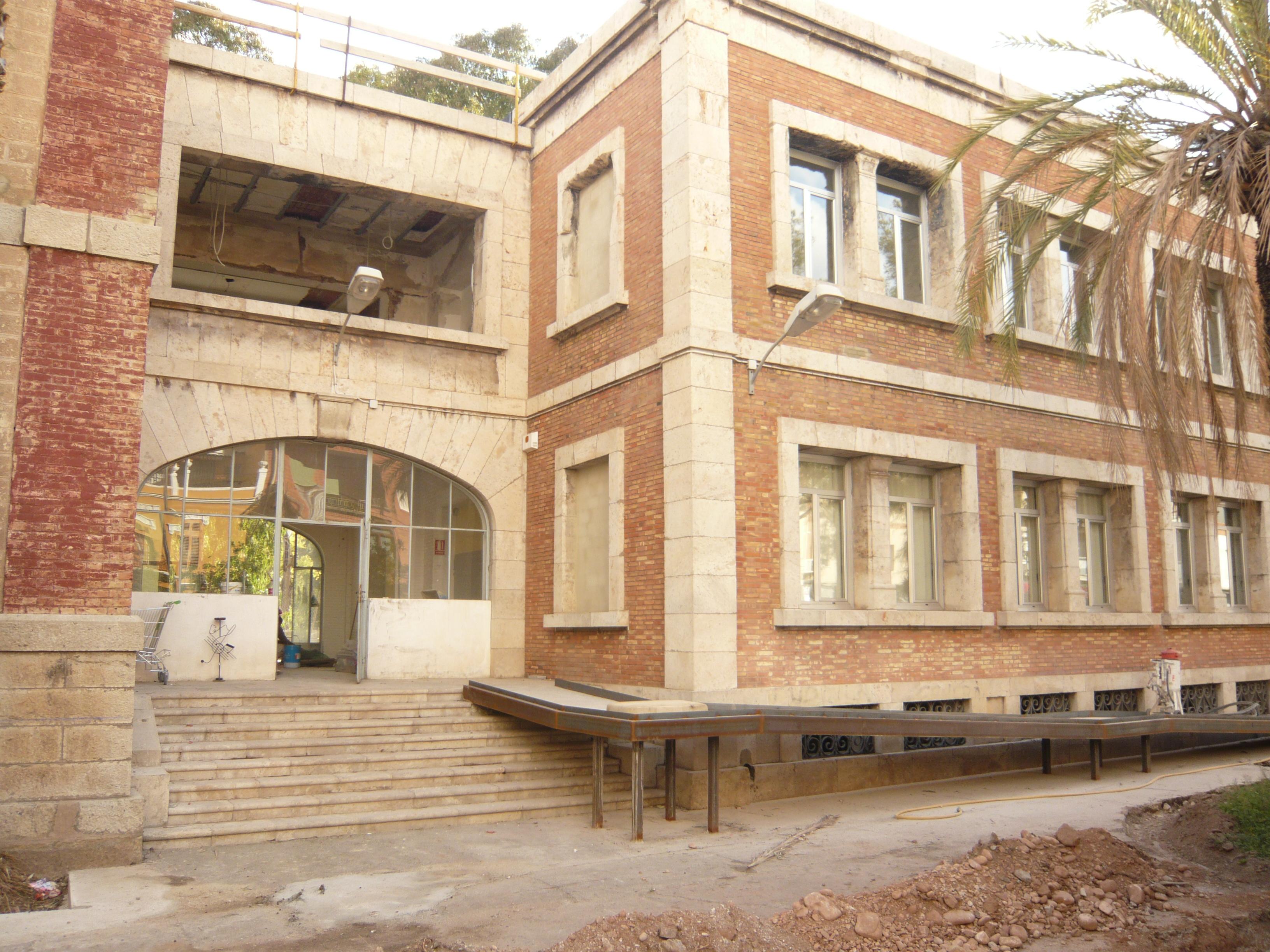Iniciativa porte a blog archive la apertura de las oficinas de la gerencia revitalizar la - Oficina de extranjeria avenida de los poblados ...
