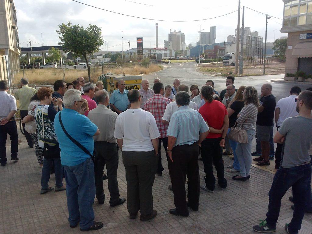 Reunión con los vecinos del Barrio del Ferroland el Jueves pasado
