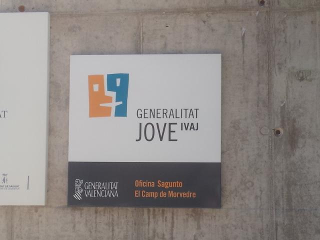 Iniciativa porte a blog archive trasladan la oficina del - Casal jove puerto sagunto ...
