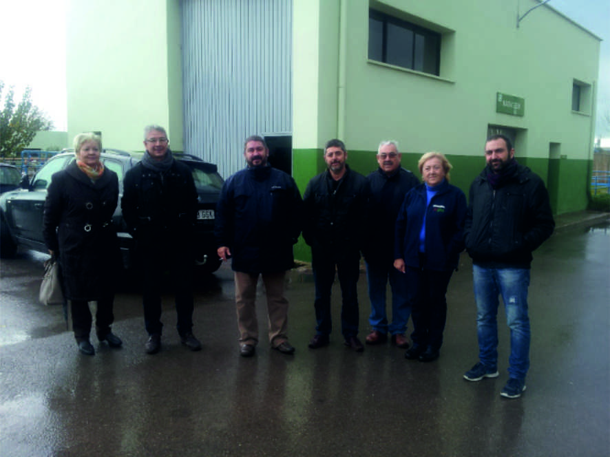 Visita de Iniciativa Porteña a la depuradora de la entrada a El Puerto, el pasado diciembre